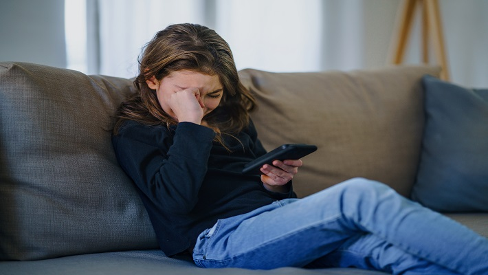 content/en-gb/images/repository/isc/2021/cyberbullying.jpg